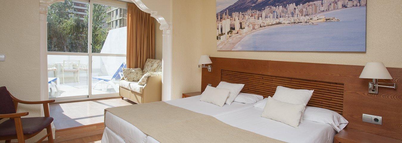 Habitación Junior con vista Piscina - Hôtel Magic Villa Benidorm
